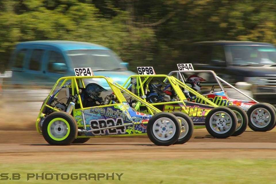 Action at Spalding Autograss Club.