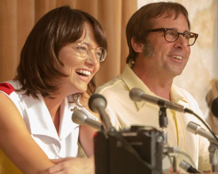 "Emma Stone as ""Billie Jean King"" and Steve Carell as ""Bobby Riggs"" in BATTLE OF THE SEXES. Photo by Melinda Sue Gordon. � 2016 Twentieth Century Fox Film Corporation All Rights Reserved"