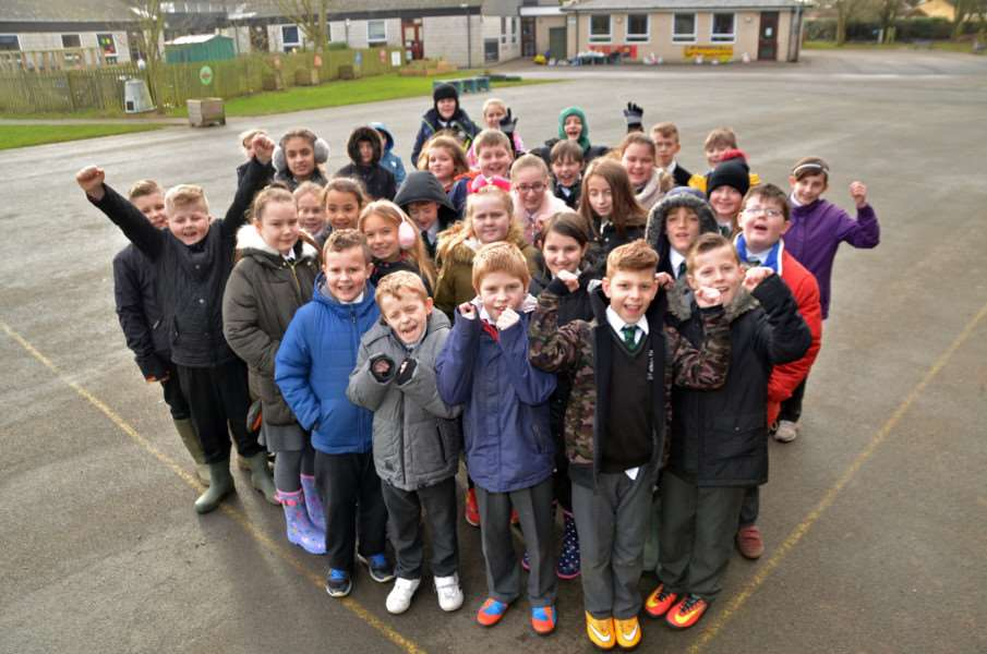 Holbeach Primary Academy pupils ready to roll on their charity winter walk. SG190118-420TW