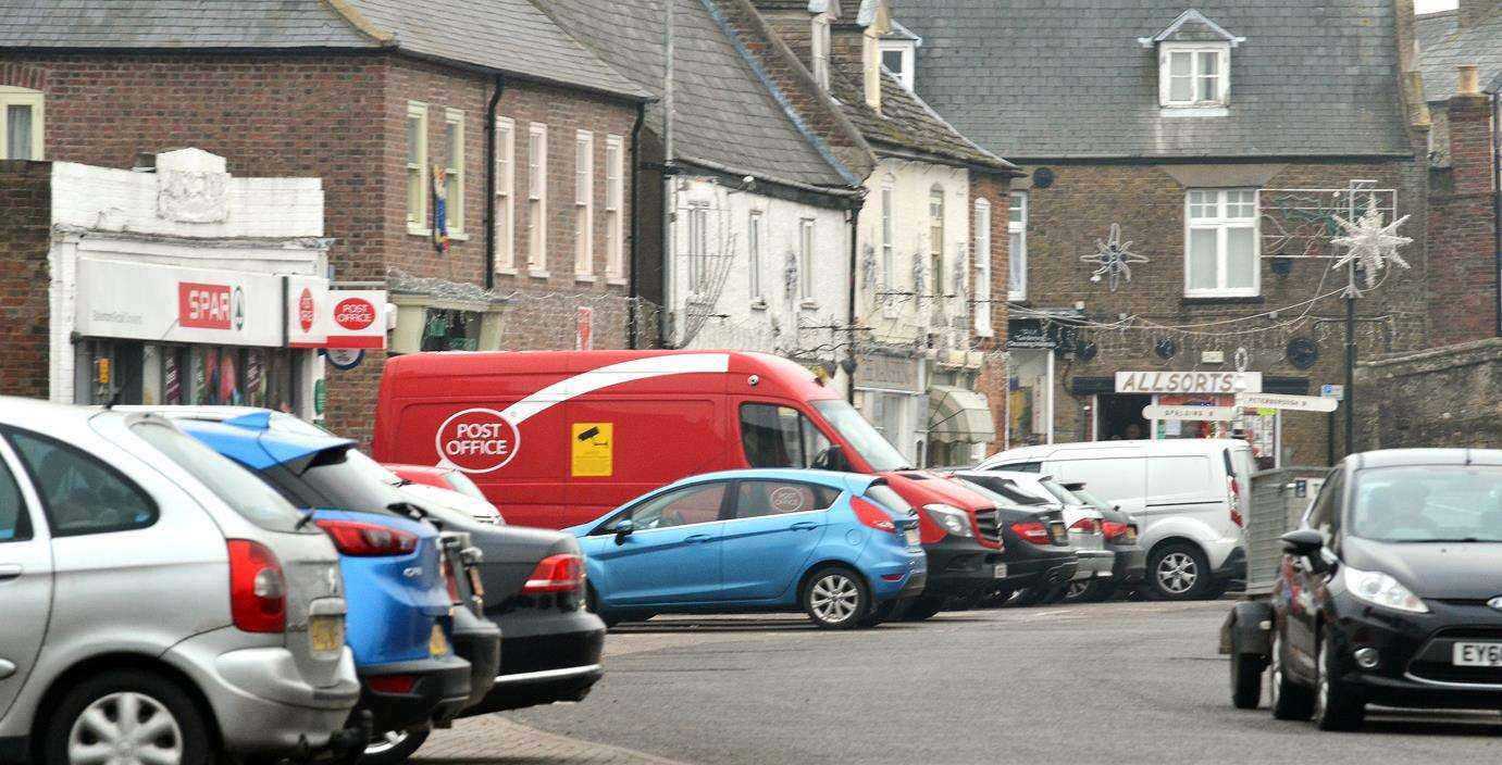 Crowland Parish Council is trying to find answers to a growing problem of parking in North Street.Photo by Tim Wilson.SG-231118-024aTW.