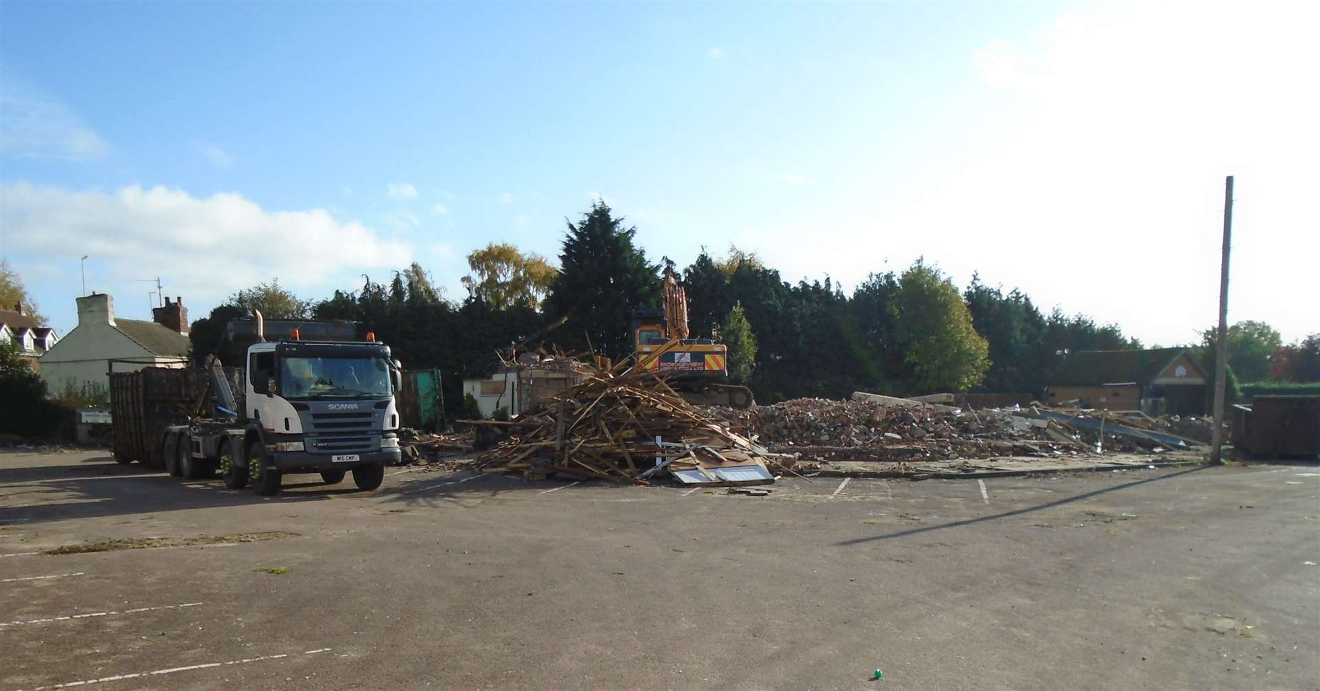 The former Birds pub has been demolished to make way for a new care home (20404755)