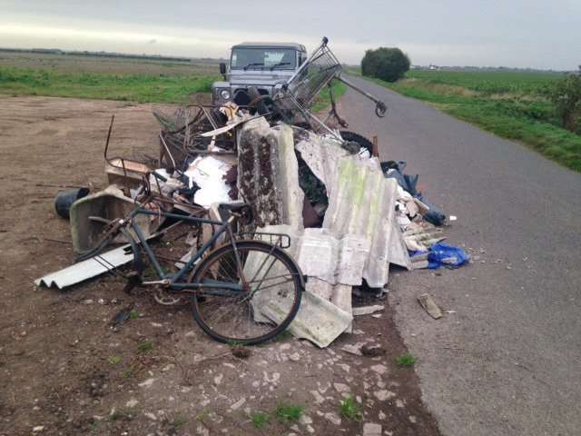 Fly tipping in Deeping St Nicholas