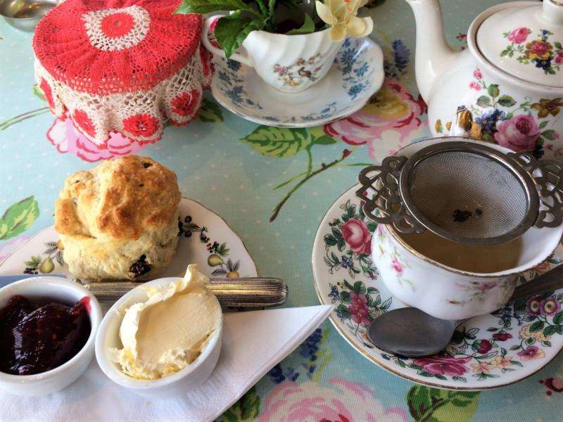 Tea and scones at Cragg Sisters tearoom.